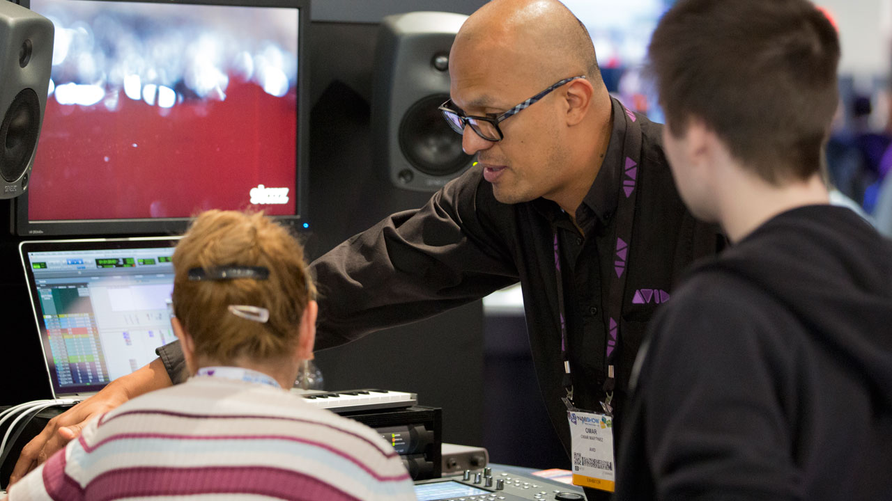 2013-10-02_Avid-at-AES-New-York-2013-03_1280x720