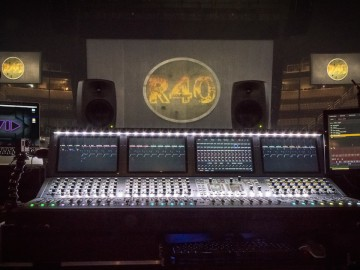 Mixing the R40 Live Tour with Brad Madix