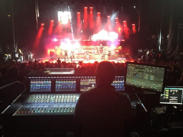 "Using McDSP Plug-ins for the Duran Duran ""Paper Gods"" Tour with Snake Newton"