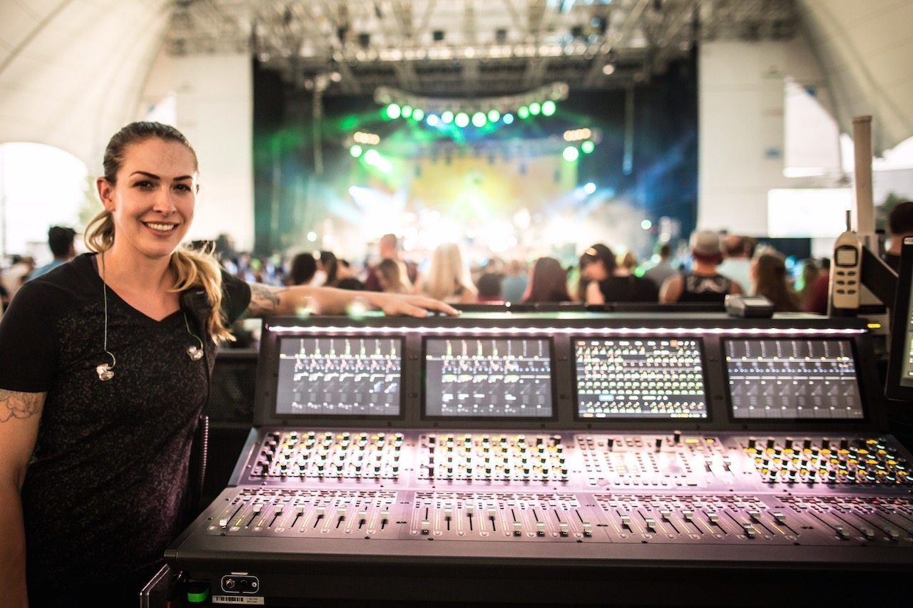 Grace Royse on Mixing Sublime with Rome with VENUE | S6L