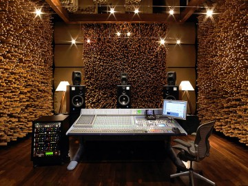 Inside the Most Beautiful Room In Music. Blackbird Studio's Stunning Setup with Pro Tools | HDX.