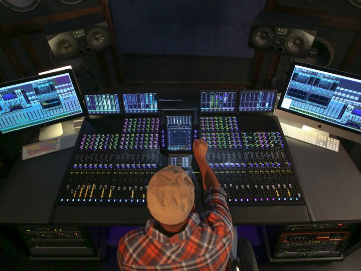 5 Essential Tips for Becoming a Successful Music Producer
